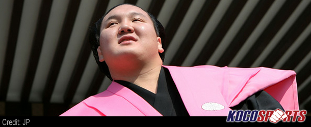 Harumafuji, Hakuho still neck-and-neck at JSA's Kyushu Basho