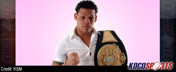 """Gay boxer Orlando Cruz wins second fight since coming out; thanks """"his LGBT community"""""""
