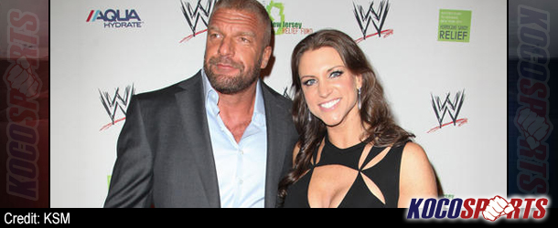 Video: WWE's Triple H & Stephanie McMahon do some boxing training at world famous Gleason's Gym