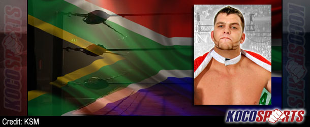 Video: Fan attacks pro wrestler during independent show in Cape Town, South Africa