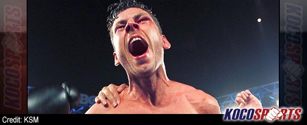 UK's Darren Barker climbs off the canvas to claim IBF middleweight title against Australian Daniel Geale