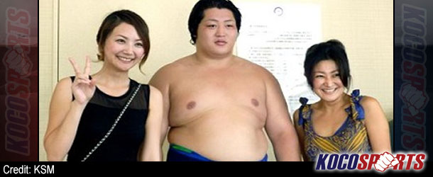College sumo star Endō Shōta makes history with promotion to the top Makuuchi division
