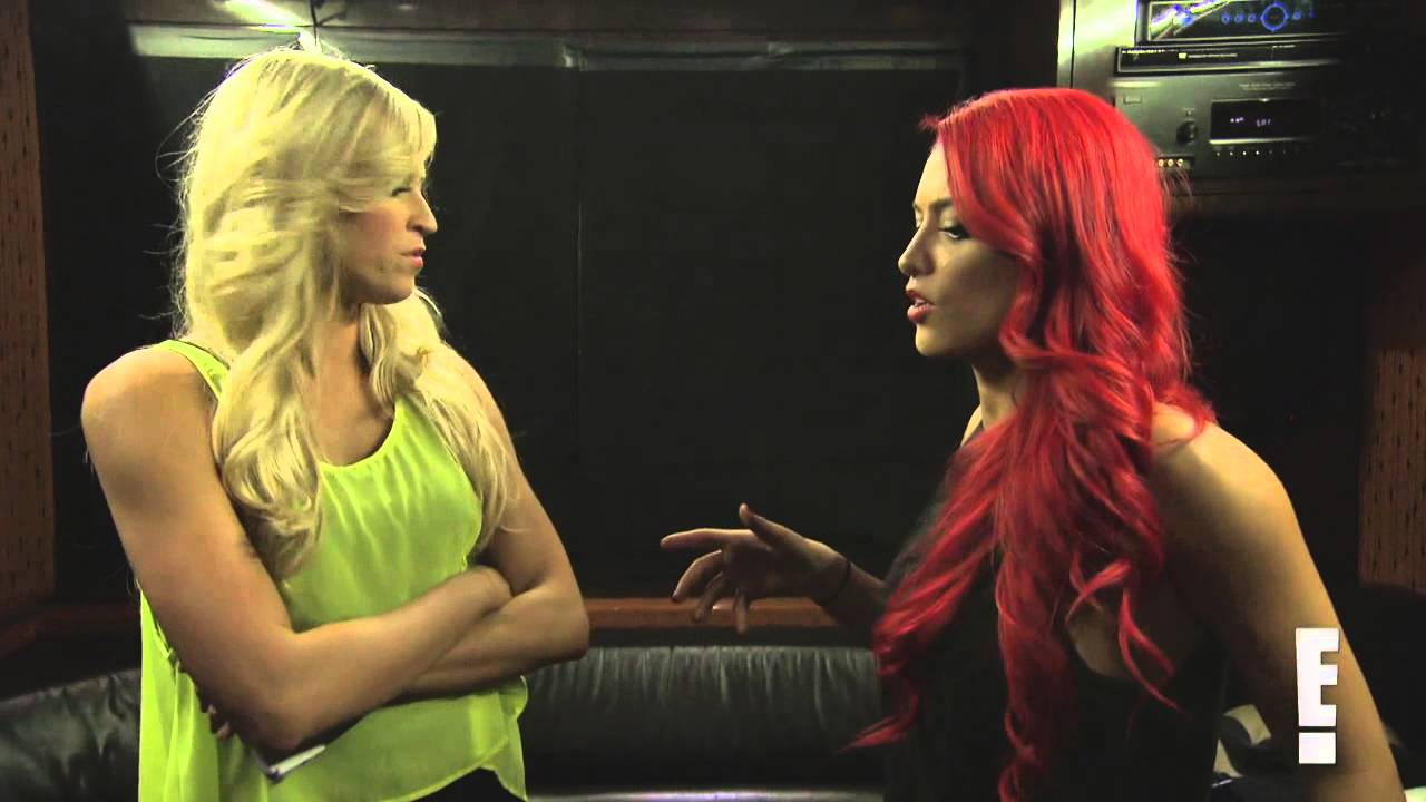 Eva Marie confronts Cameron about spreading gossip: Total Divas Preview, March 23, 2014