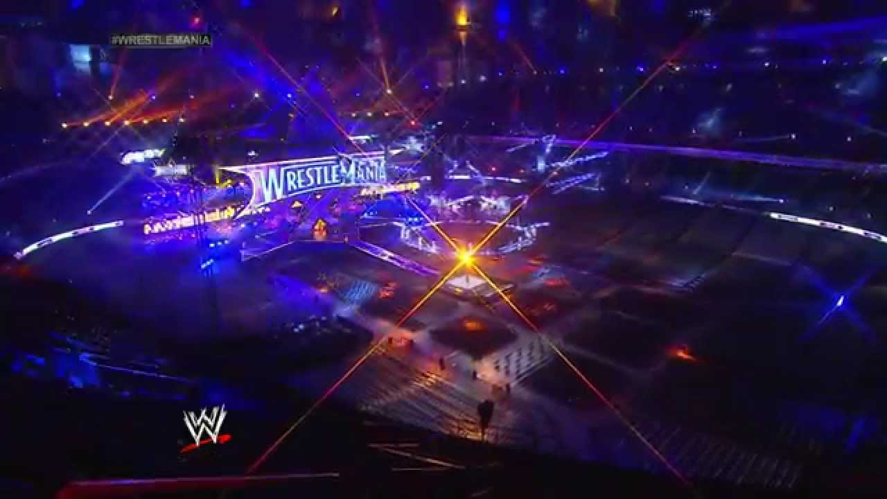 A time-lapse look at the WrestleMania 30 set being built