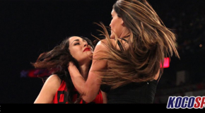 """Video: WWE Monday Night Raw coverage – 08/25/14 – (Jerry Lawler hosts """"A Family Reconciliation"""" with Nikki & Brie Bella)"""