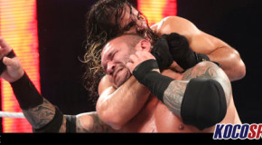 WWE Monday Night Raw results – 08/10/15 – (Orton stalks Rollins in title match; Stephen Amell strikes out against Stardust)